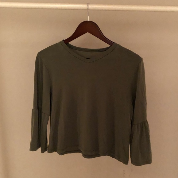 (3 for $40)Green 3/4 sleeve top